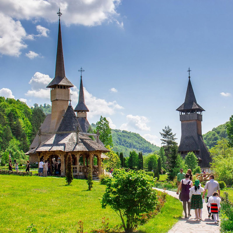 Private tours in Maramures in 8 days | Traditions and the Wooden Churches in UNESCO